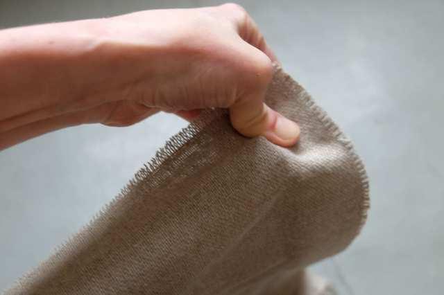 Как правильно натягивать холст на подрамник?