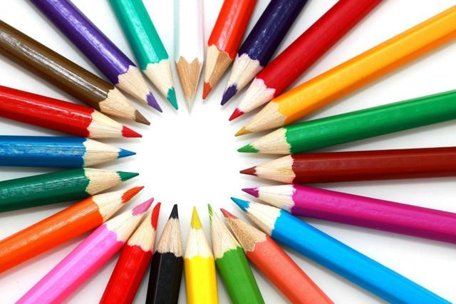 Декоративная композиция в художественной школе: 7 ключевых тем с подробным описанием